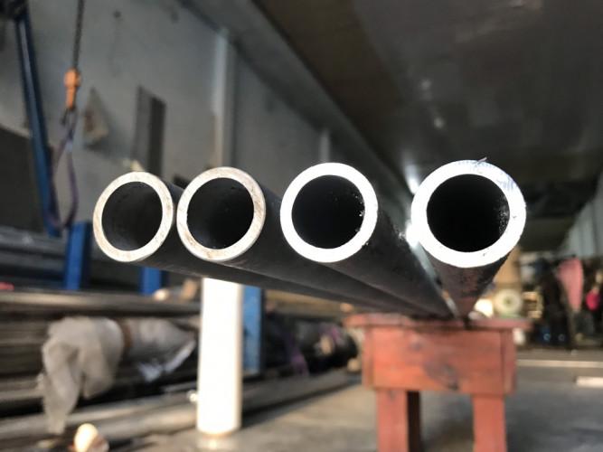 Bán ống đúc 304