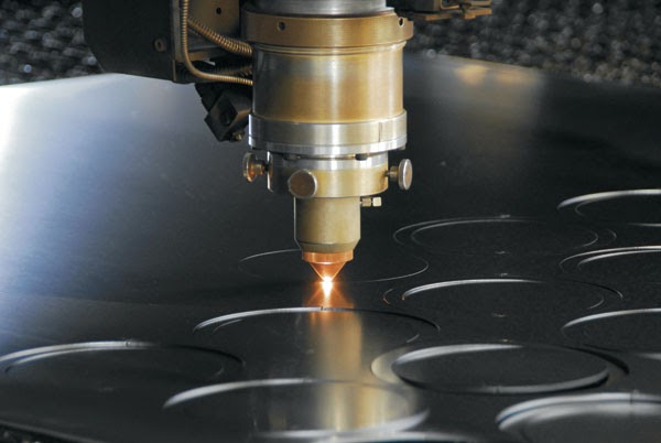 cắt laser sắt