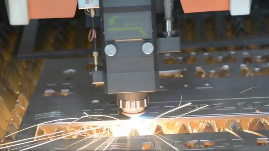 Địa chỉ cắt laser sắt